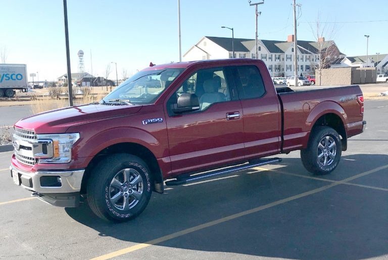Pros and Cons of Owning a Pickup Truck