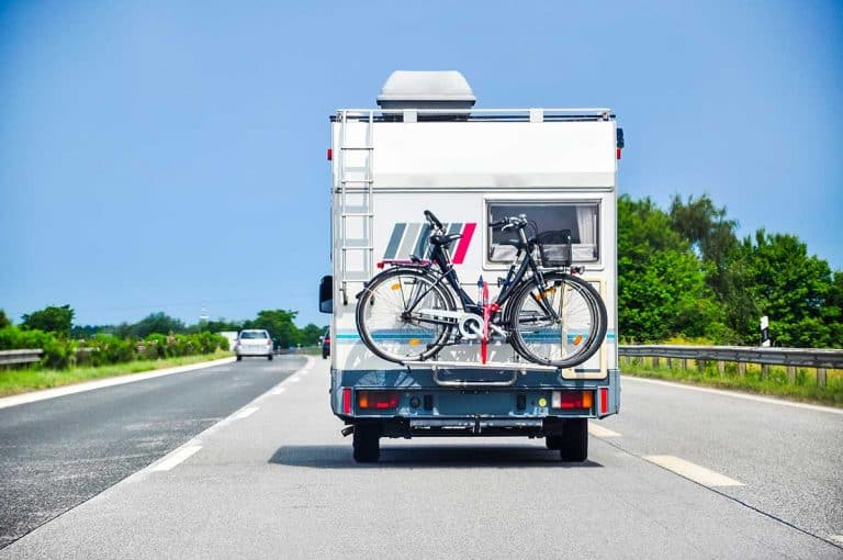 Can You Pull a 5th Wheel with a Half-Ton Truck? - Vehicle HQ