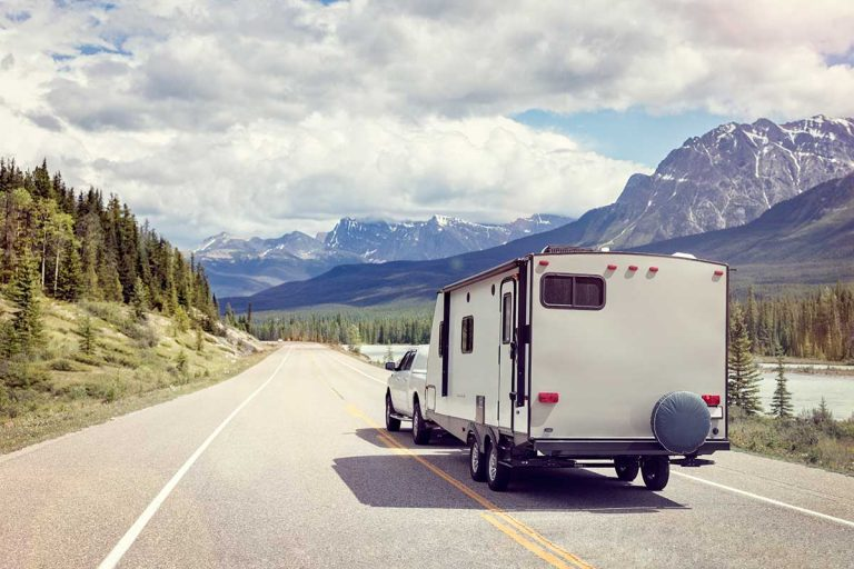 Which Travel Trailers are the Lightest? (13 models reviewed)