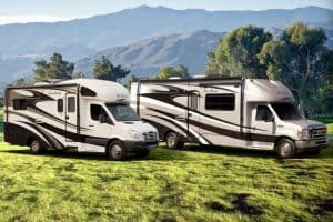 Read more about the article RV Owner's Essential Gear Checklist