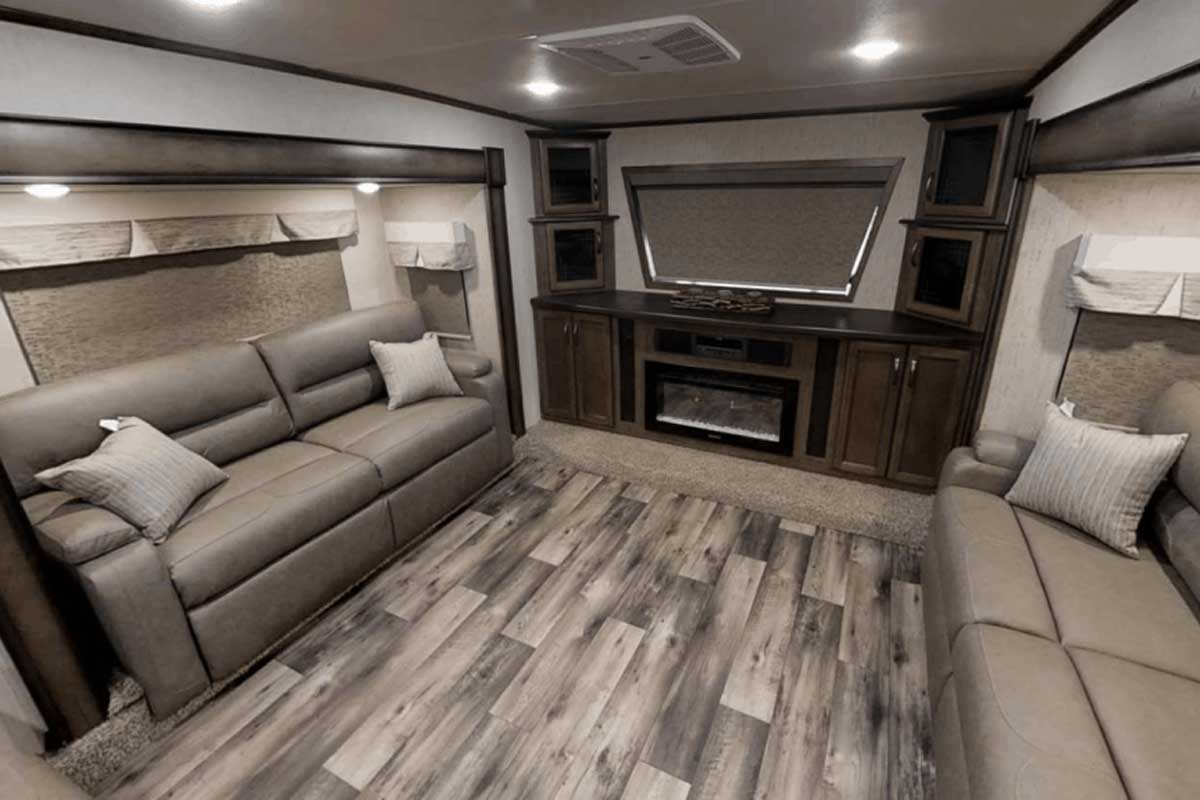 Cool 13 Fifth Wheel Rvs With A Front Living Room Illustrated Interior Design Ideas Gentotryabchikinfo
