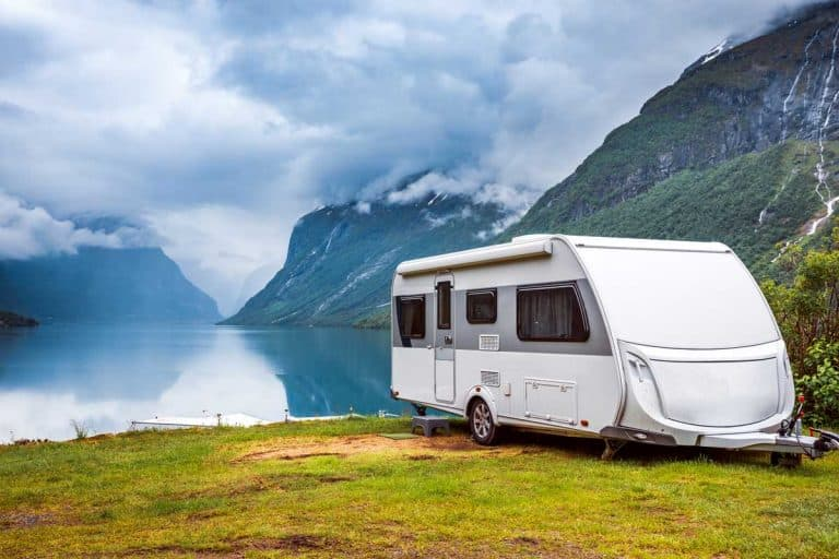 10 Awesome Travel Trailers Under 6000 Lbs