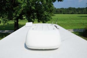 How to Effectively Clean Your RV Roof?