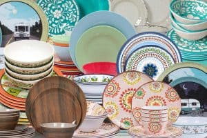 11 Awesome Melamine Dinnerware Sets for RV Living