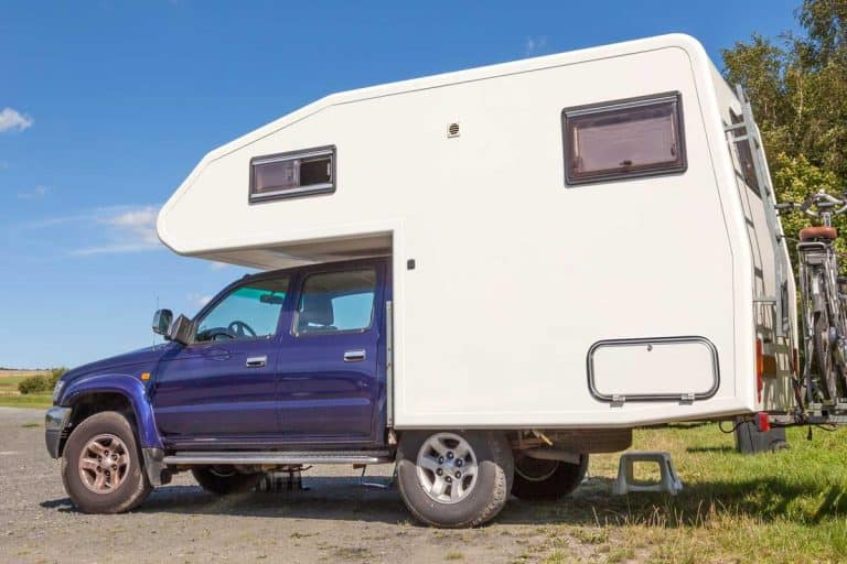 Truck Campers with Bathroom [Pros, Cons and 18 Examples]