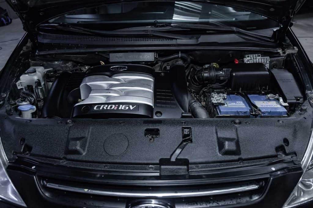 Inside look of a Kia Sedona Engine