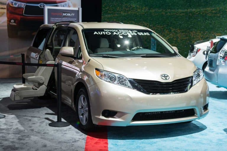 What Colors does the Toyota Sienna Come In?