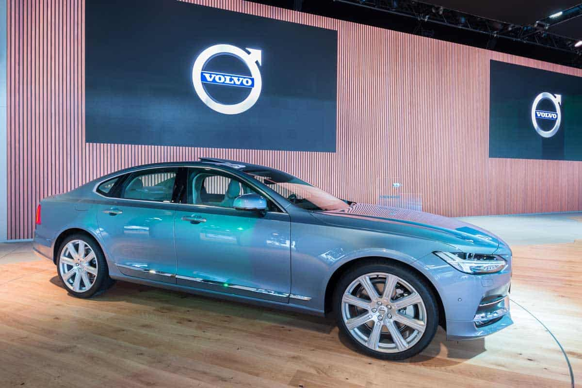 Volvo S90 global debut car at the North American International Auto Show
