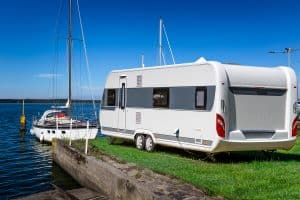 Read more about the article How Much Does a 30′ Travel Trailer Weigh?