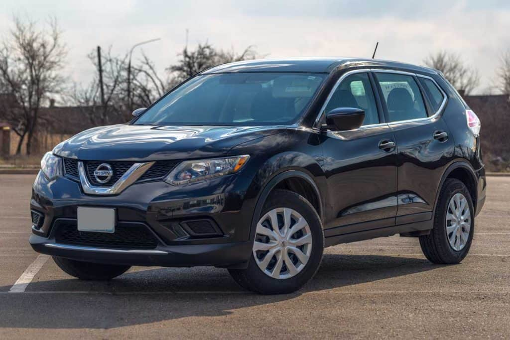 Photo of black Nissan Rogue 2020 in the open air, 12 Great Vehicle Choices for a Tall Person