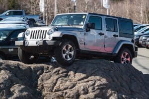 Is Jeep Wrangler A Good Choice For Tall People?
