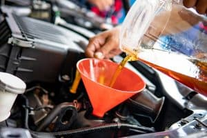 5 Best Engine Oil Additives For Reducing Engine Noise