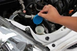 Can You Use Water As Washer Fluid?