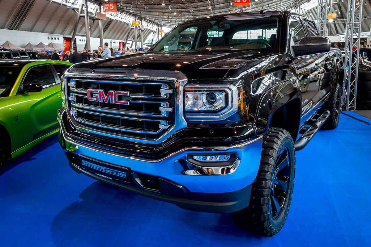 Heavy-duty pickup truck GMC Sierra 1500 Crew Cab in classic car exhibition