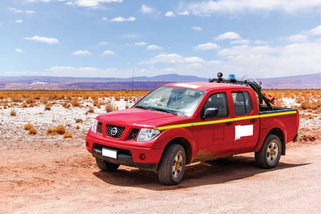 red nissan frontier traversing a dessert area, How Long Will a Nissan Frontier Last