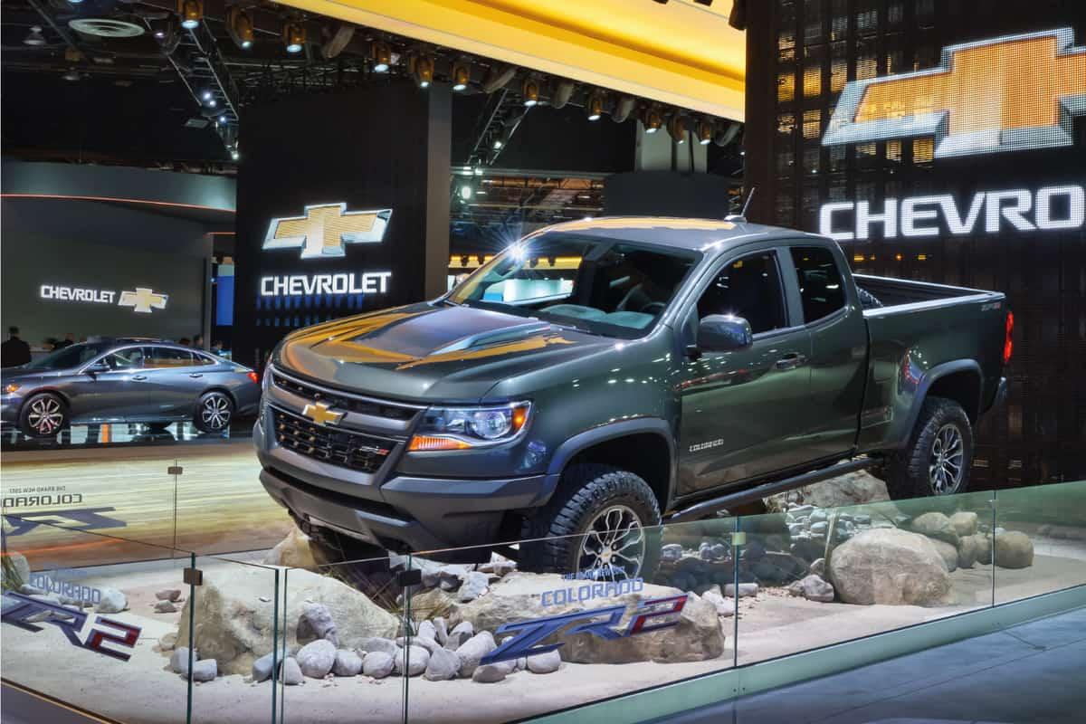 2017 Chevrolet Colorado ZR2 on display in a car show