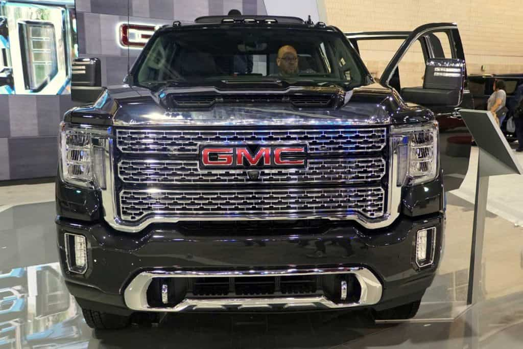 Front view of the black color of 2020 GMC Sierra 3500 Denali 4WD, Does GMC Sierra Have Adaptive Cruise Control?
