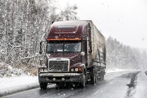 Read more about the article How Many Miles Does A Semi Truck Last?