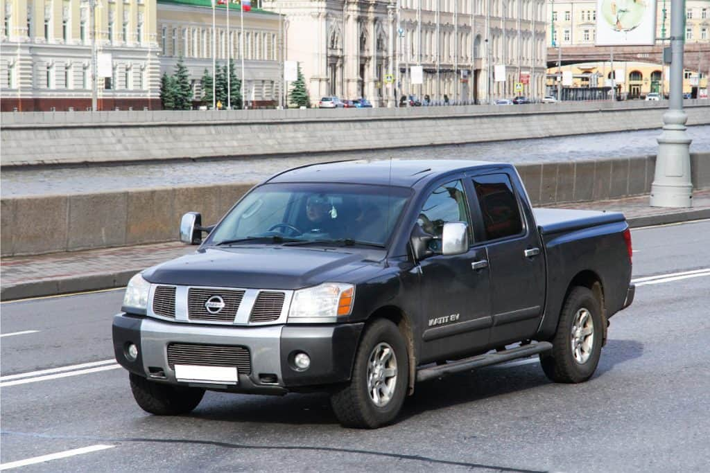 nissan titan v8 running in the streets of Russia, Can a Nissan Titan Pull a 5th Wheel