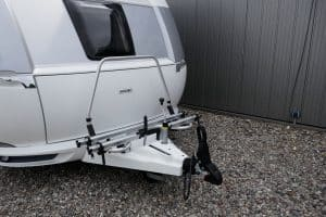 Read more about the article How To Back A Trailer Into A Tight Space [Inc. video]