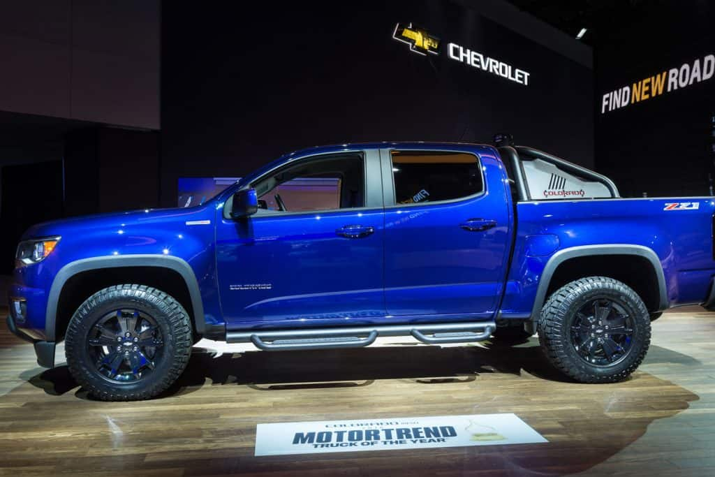 Blue Chevrolet Colorado Z71 on a car show