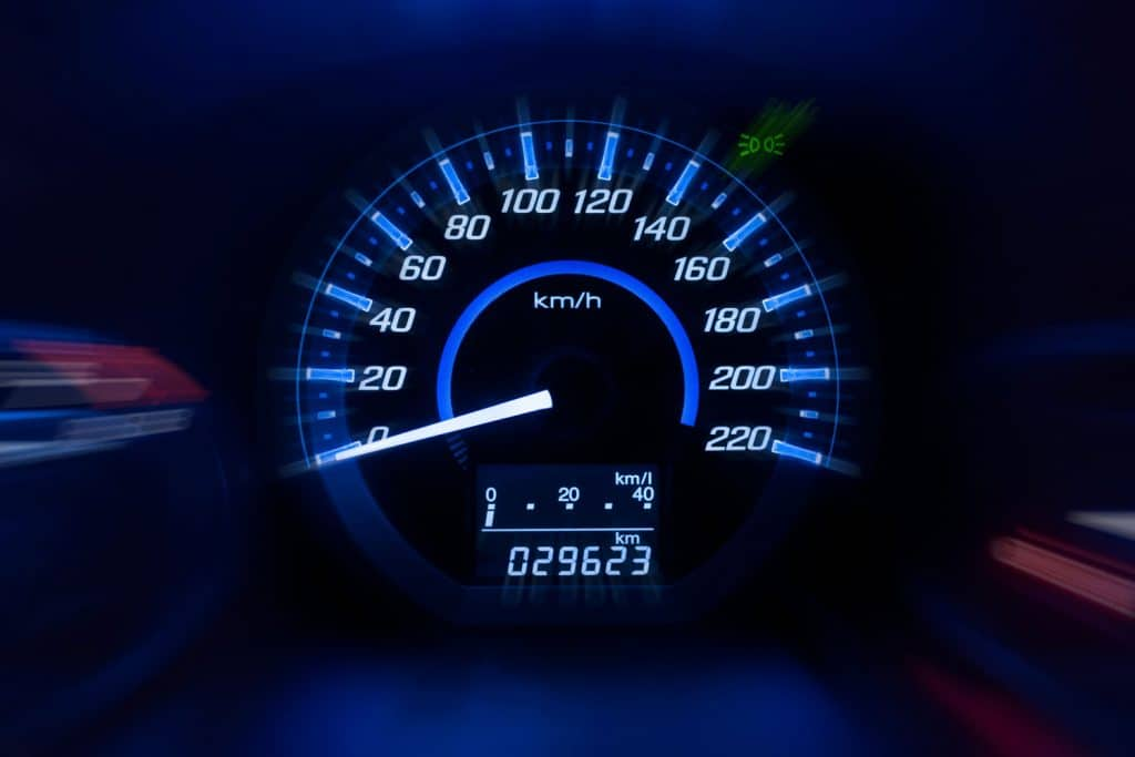 Dashboard, odometer ,Car speedometer and counter with dark mode ,How To Read An Odometer [A Complete Guide]