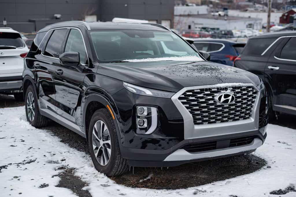2020 Hyundai Palisade SUV at a car dealership