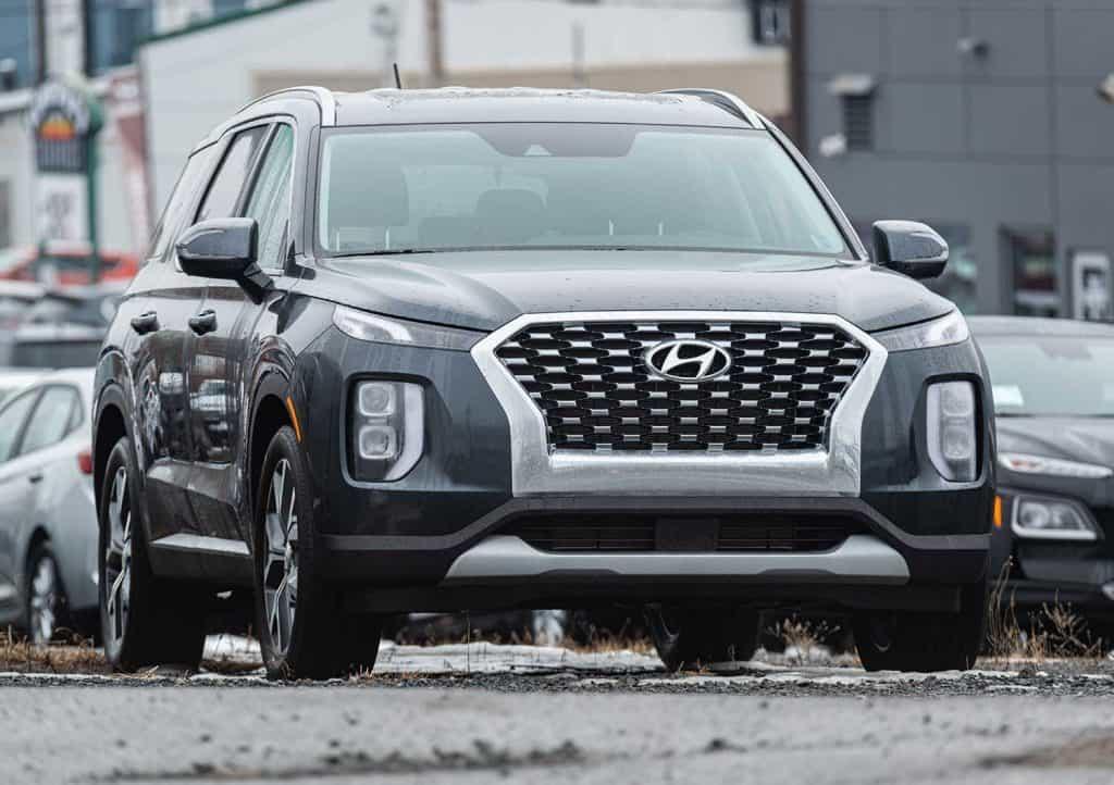 2020 Hyundai Palisade SUV at a dealership