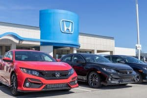 Read more about the article What Is The Best Oil For A Honda Civic?