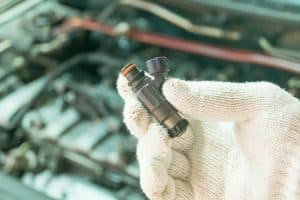 Read more about the article How To Use A Fuel Injector Cleaner