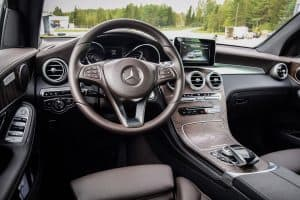 Read more about the article What SUVs Have Heated And Cooled Seats?