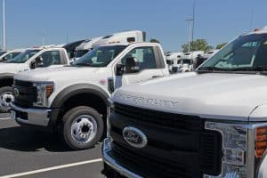 Read more about the article How Much Weight Can A Ford F-550 Carry?