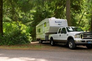 Read more about the article Can An F350 Pull A Fifth Wheel?