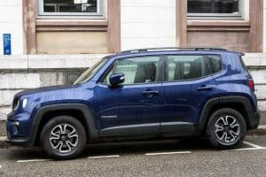 Read more about the article How Many Miles Can A Jeep Renegade Last?