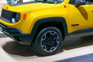 Read more about the article What Are The Best Tires For Jeep Renegade?