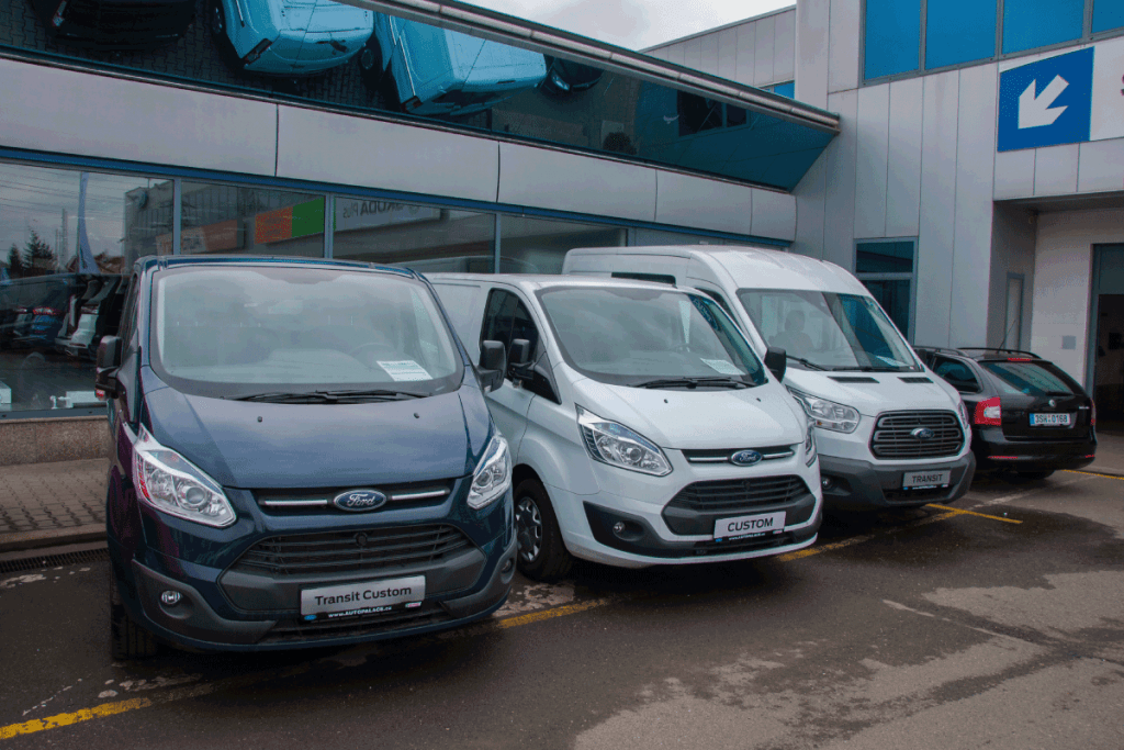 Ford-transit-parking-in-front-of-car-store-Ford.-Do-Ford-Transit-Vans-Have-Cruise-Control