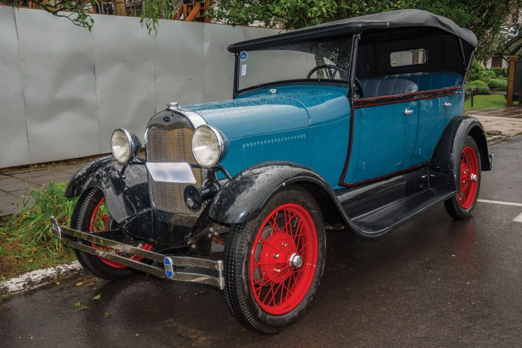 An Antique Ford 1929 painted in blue and red