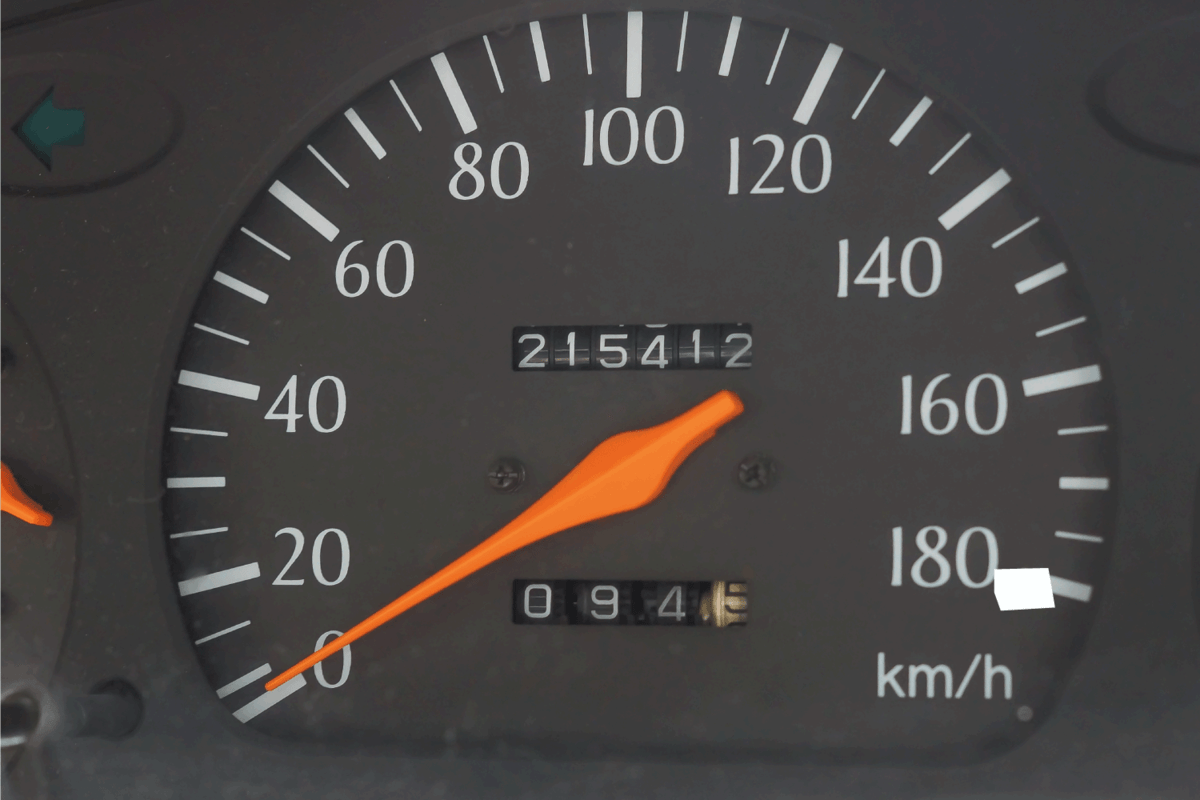 Cars with high mileage of more than 200,000 kilometers