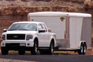 Read more about the article What Pickup Trucks Can Tow 10,000 lbs?