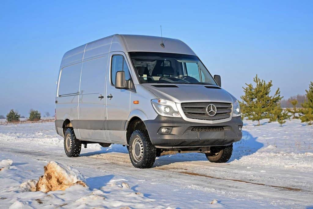Mercedes-Benz Sprinter 4x4 in winter scenery