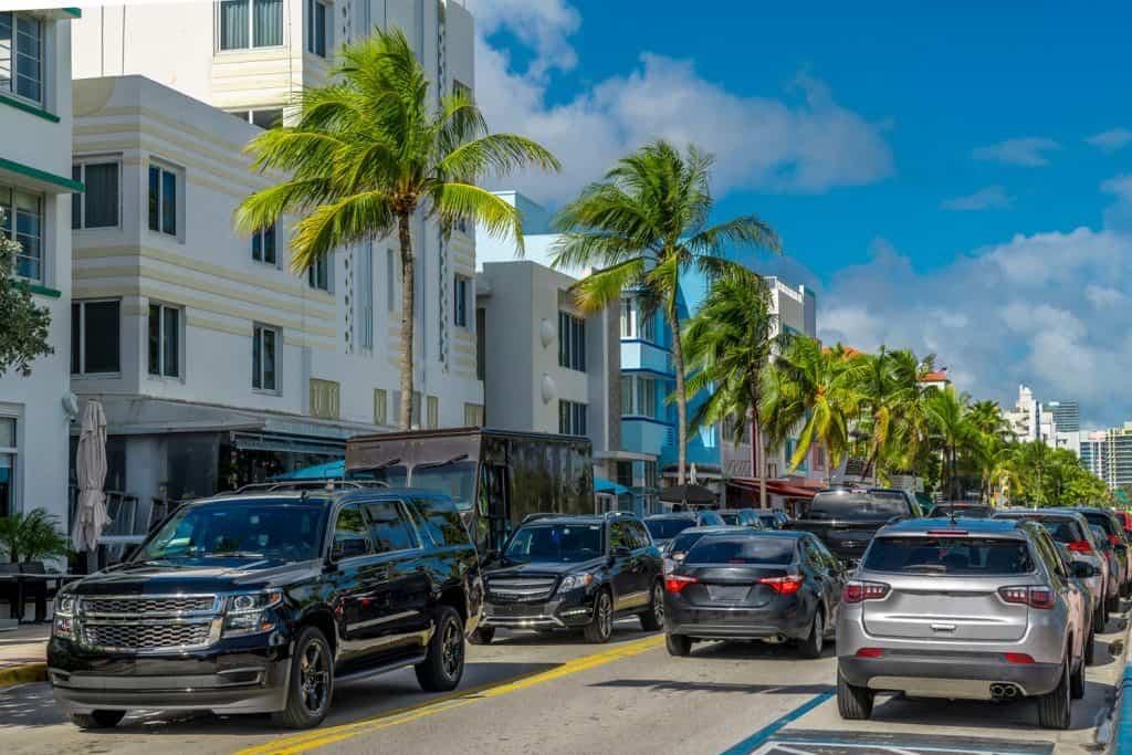 Ocean drive in Miami beach, Florida, How Long Do Tires Last In Florida?