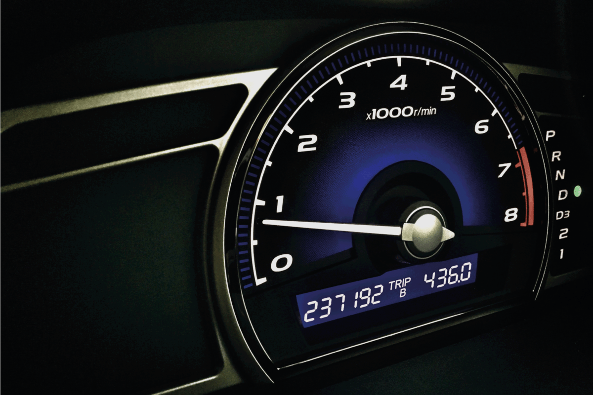 mileage display on the instrument panel of a pickup truck