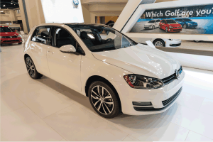 Read more about the article Does The Volkswagen Golf Have A Sunroof?