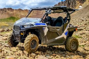Read more about the article How To Load A UTV in Toy Hauler And Tie It Down