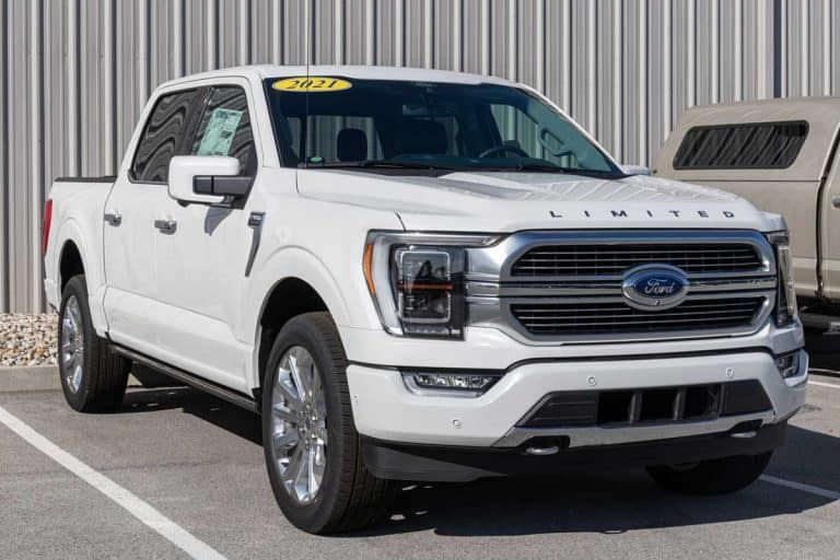 Ford F-150 display at a dealership, Ford F150 XLT Vs Lariat: Which Is Right For You?