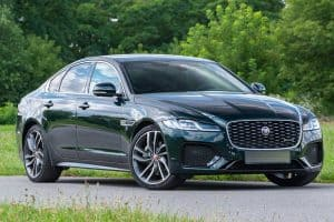 Read more about the article Does The Jaguar XF Have Folding Rear Seats?