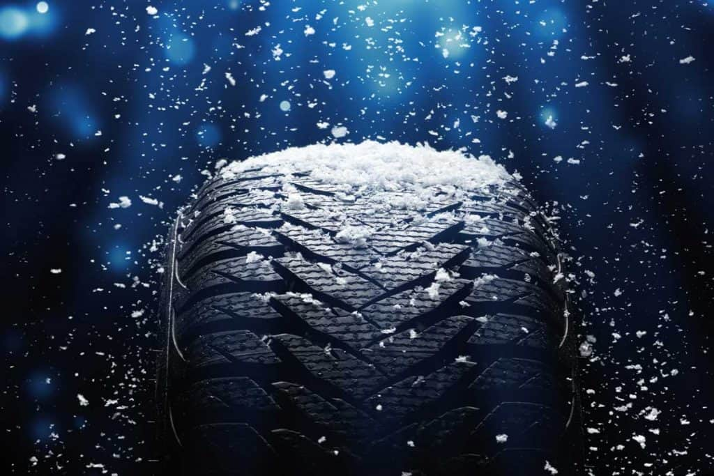 New car tire submerged underwater, Do Tires Float In Water?